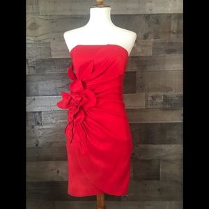 CACHE' SEXY RED DRESS STRAPLESS SIZE 4